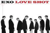 EXO (Love Shot) 3