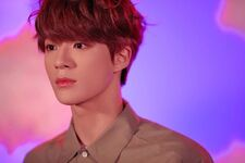 Jeno (Hair In The Air) 2