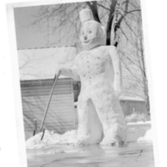 The Snowman was left standing for several days.