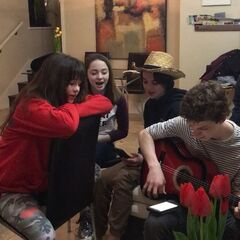 Jam Session with Malina, Kitana, Louis and Dylan