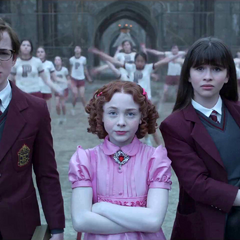 Carmelita giving the Baudelaires a school tour.