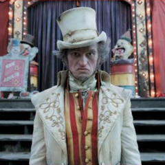 Olaf as a ringmaster.