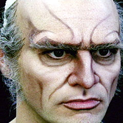 Jim Carrey transforming into Count Olaf.