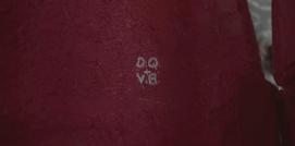 Dq + vb
