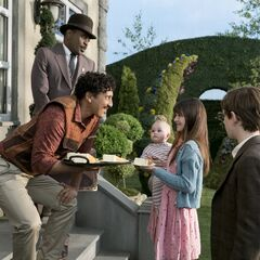The Baudelaires meeting Uncle Monty.