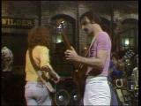 Frank-zappa-performs-peaches-and-regilia
