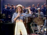 Jill-clayburgh-and-the-singing-idlers-perform-sea-cruise-2-28-76