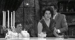 SNL Casey Wilson as Elizabeth Taylor