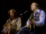 Paul-simon-and-george-harrison-perform-homeward-bound-11-20-76