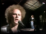 Art-garfunkel-performs