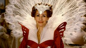 Julia Roberts as The Evil Queen in Mirror Mirror 2012 00