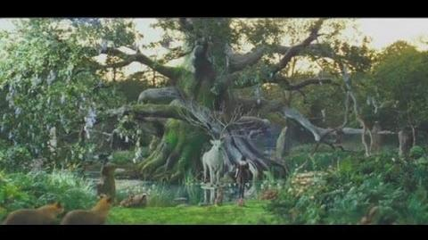 Snow White and the Huntsman Trailer 3 5 Minutes Clip