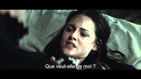 """Snow White and the Huntsman Clip """"Snow White's Escape"""""""