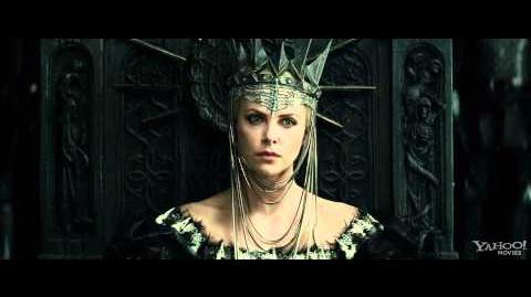 "Snow White and the Huntsman Clip - ""The Queen and the Huntsman"""