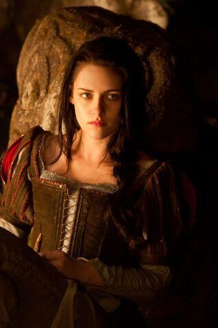 File:Snow White 3.jpg