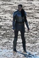 154162 kristen-stewart-takes-a-break-from-filming-scenes-for-snow-white-and-the-huntsman-in-wales-england-o