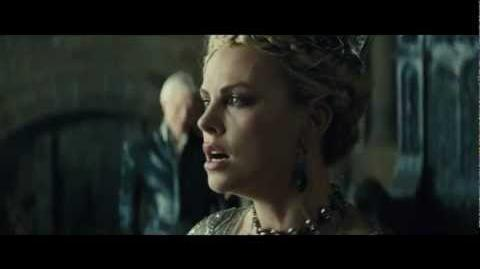 "Snow White and the Huntsman - Featurette ""Stunning Evil"""