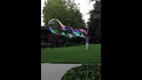Guar gum bubbles