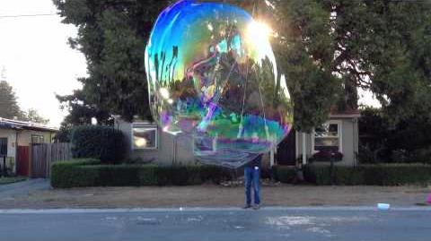 2012 10 28 Super Giant Bubble