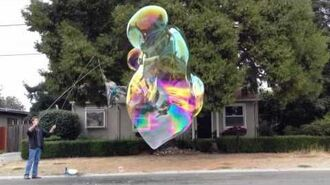 20120928 cool giant guar bubble