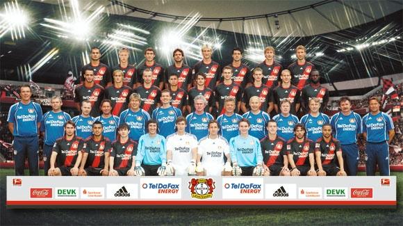 File:Team Bayer Leverkusen.jpg