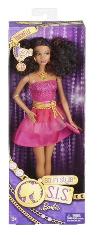File:Trichelle Prom Doll 5.jpg