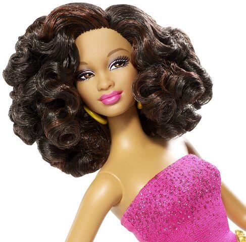 File:Trichelle Prom Doll 6.jpg