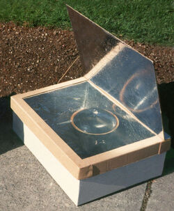 Minimum Solar Box Cooker Photo small reversed