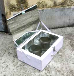 Low-cost wooden box cooker, 2-1-17