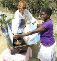 Solar cooking in the Dominican Republic, 3-16-14