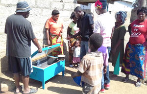 Solar box cooker in Zambia, Musonda, 11-15-17 copy