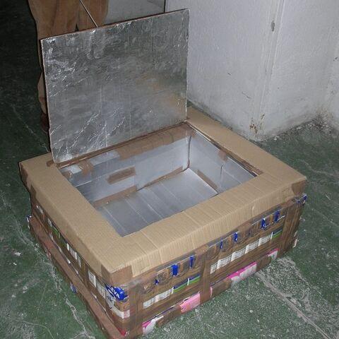The Tetra Brik Solar box Cooker