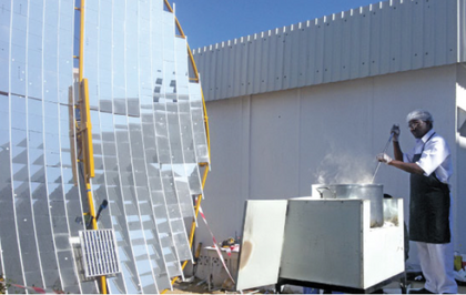 Omani sudents build solar cooker to feed 100, The Times of Oman, 7-29-15
