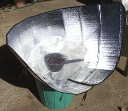 Windshield Shade Solar Cooker