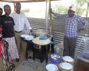 New fuel effcient stove, Kamin Oningo, Kenya, 3-6-16
