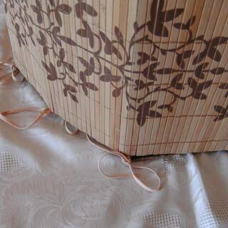 4) Montage de panneaux à l'aide de rubans