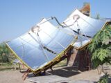 Parabolic solar concentrator for industrial heating
