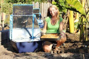 Lasagne in the solar oven2