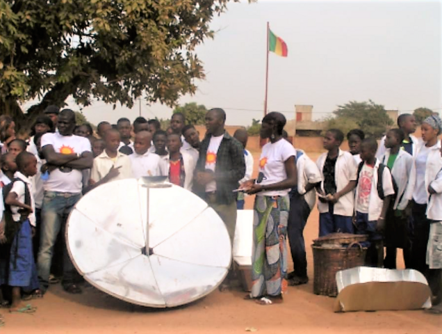 File:Solar Cooking Kozon 05-17.png