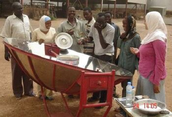 (SEEC) parabolic cooker in use