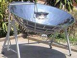 Cuisinière parabolique de Vietnam Solar Serve