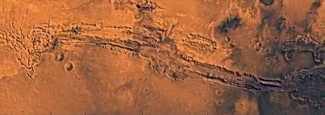 File:Valles Marineris.jpg