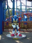 Alton towers sonic statue