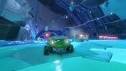Frozen Junkyard - 4 1556794108