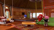 S1E05 Tails house interior