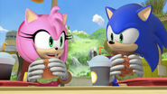 Sonic and Amy burgers