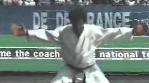 Segata Sanshiro World Cup 98 (Sega Saturn) - Retro Video Game Commercial Ad