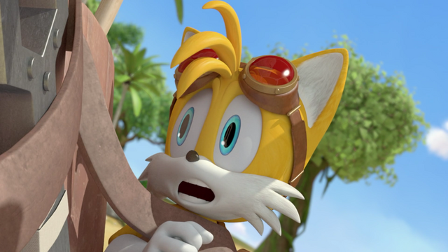 File:Horrified tails.png