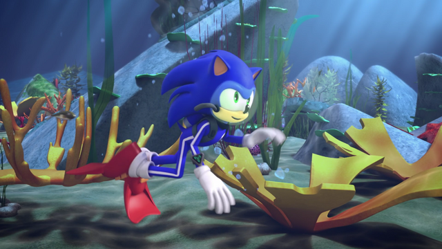 File:Sonic is swimming.png