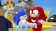 Knuckles taking the crystal